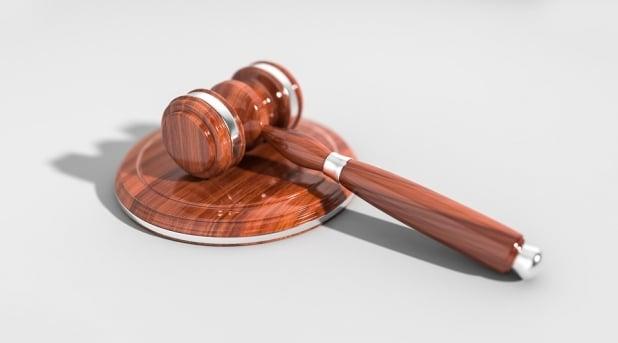Online Rechtsberatung oder online Anwalt beauftragen?