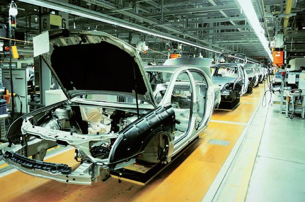 Magna steigert Effizienz und Produktivität mit Matrix42