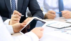 Sicherheitsrisiken von Apps und Daten auf mobilen Endgeräten minimieren