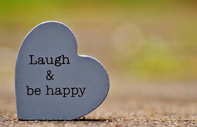 Photo of Warum Lachen gesund und glücklich macht