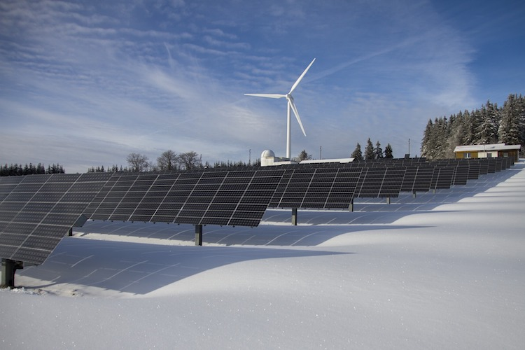 Photo of Deutsche investieren in Erneuerbare Energien