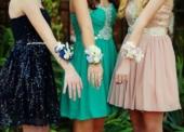 Was ist die beste Farbe für Ihr Ballkleid?