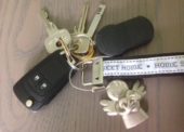 Was tun, wenn man den Schlüssel im Haus vergessen hat?