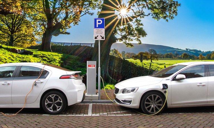 Photo of Urlaubsreise ins Ausland – Was macht die Elektromobilität