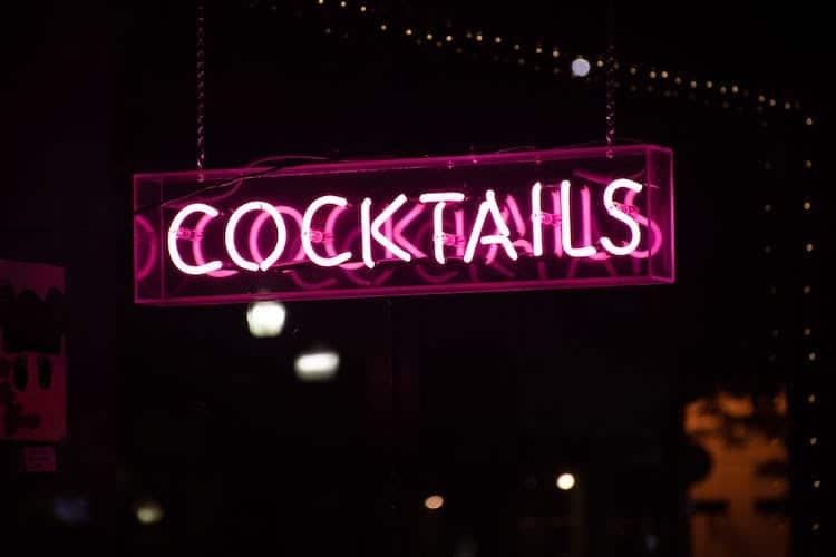 Photo of Mode für die Cocktailparty: Elegant und zugleich bequem feiern
