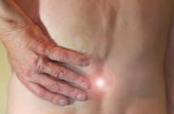 Unter Rückenschmerzen leidet mittlerweile jeder 7. Mensch.