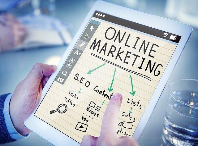 Die SEO Optimierung überlassen Sie lieber einer seriösen Onlinemarketing Agentur.