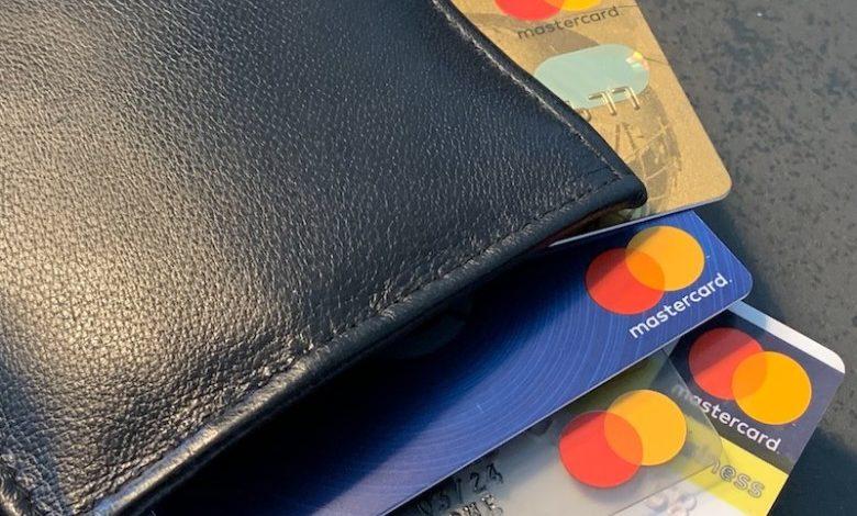 Nicht jeder verfügt über eine Kreditkarte.