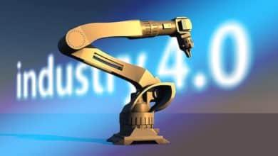 2021-08-30-Industrieroboterarm